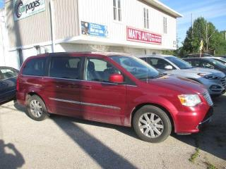 Used 2016 Chrysler Town & Country TOURING for sale in Waterloo, ON