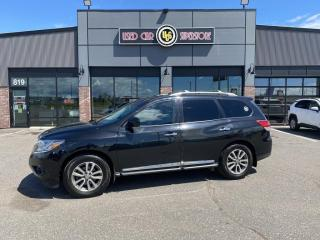 Used 2015 Nissan Pathfinder 4WD 4DR SL for sale in Thunder Bay, ON