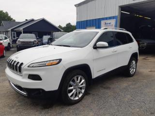 Used 2017 Jeep Cherokee Traction avant, 4 portes, Limited for sale in St-Pierre-Les-Becquets, QC
