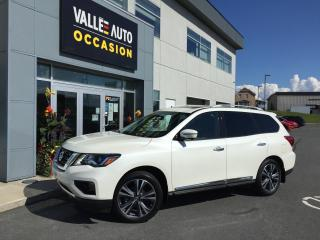 Used 2017 Nissan Pathfinder 4WD 4DR PLATINUM for sale in St-Georges, QC