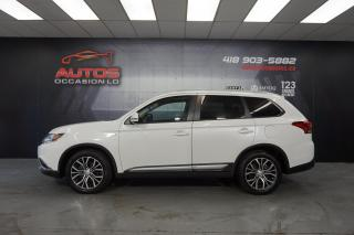 Used 2017 Mitsubishi Outlander AWC SE TOURING 7 PASSAGERS TOIT OUVRANT 24 942 KM for sale in Lévis, QC