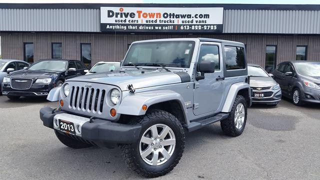 2013 Jeep Wrangler Two tops, auto, great shape
