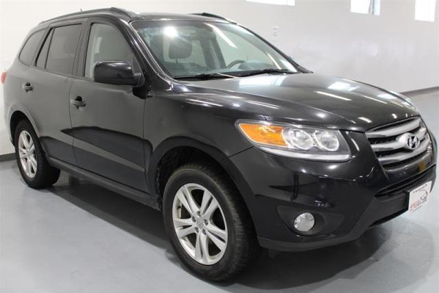 2012 Hyundai Santa Fe PREMIUM. WE APPROVE ALL CREDIT