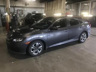 Used 2017 Honda Civic 4 portes, boîte manuelle, LX for sale in Gatineau, QC