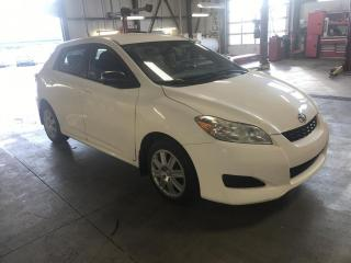 Used 2013 Toyota Matrix Familiale manuelle 4 portes à traction for sale in Gatineau, QC