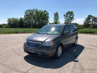 Used 2016 Chrysler Town & Country TOURING for sale in Windsor, ON