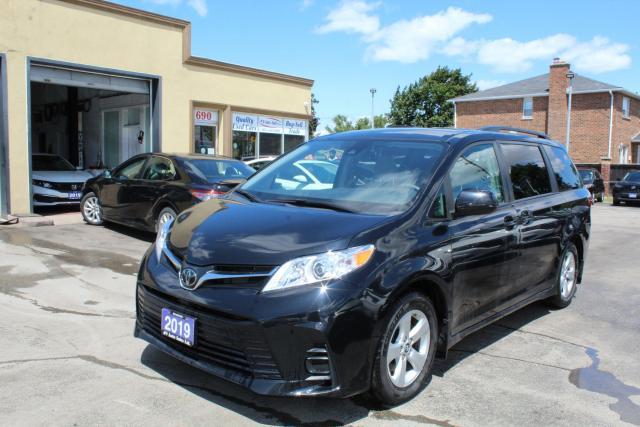 2019 Toyota Sienna LE Power Doors 8 Passengers