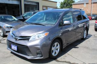 Used 2019 Toyota Sienna LE 8 Passengers Power Doors for sale in Brampton, ON