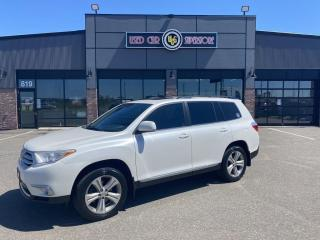 Used 2012 Toyota Highlander 4WD 4DR for sale in Thunder Bay, ON