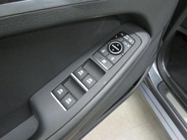 2016 Hyundai Genesis AWD Premium Leather Nav PanoRoof Bcam