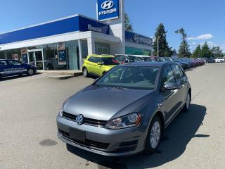 Used 2015 Volkswagen Golf TRENDLINE for sale in Duncan, BC