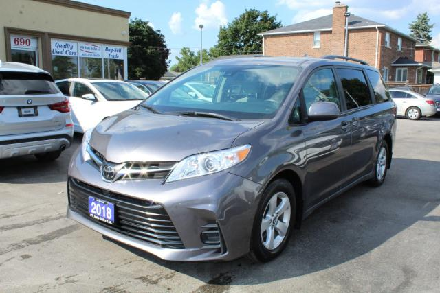 2018 Toyota Sienna LE 8 PASSENGERS