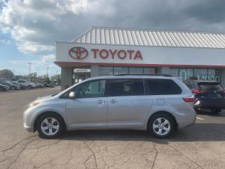 Used 2016 Toyota Sienna LE for sale in Cambridge, ON