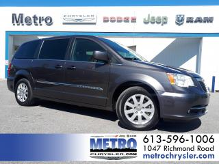 Used 2016 Chrysler Town & Country Touring DVD Heated Seats GPS for sale in Ottawa, ON