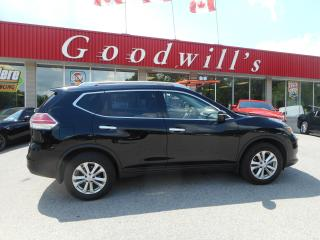 Used 2015 Nissan Rogue SV! HEATED SEATS! NAV! BACKUP CAM! B/TOOTH! for sale in Aylmer, ON