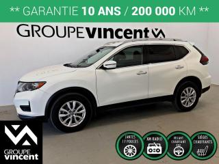 Used 2020 Nissan Rogue SV AWD ** GARANTIE 10 ANS ** Le VUS familial confortable et stylisé! for sale in Shawinigan, QC