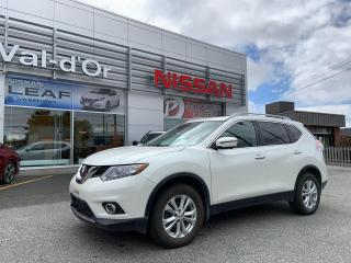 Used 2016 Nissan Rogue SV TECHNOLOGIE GPS TOIT PANO + UN SEUL PROPR for sale in Val-d'Or, QC