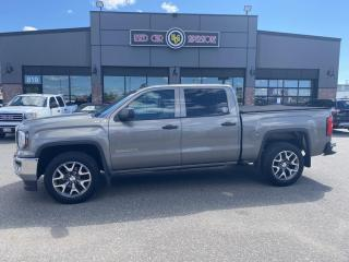 Used 2017 GMC Sierra 1500 4WD Crew Cab 153.0 for sale in Thunder Bay, ON