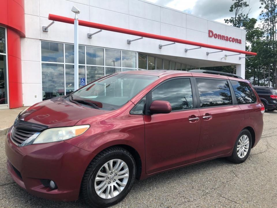 used 2011 toyota sienna xle for sale in donnacona, quebec carpages.ca
