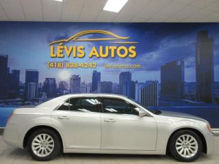 Used 2012 Chrysler 300 V-6 3.6 LITRES MAGS BLUETOOTH EXTRA PROP for sale in Lévis, QC