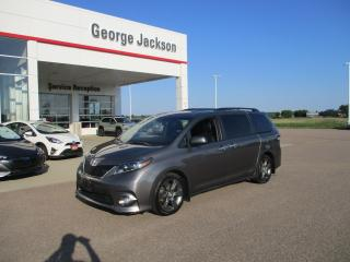 Used 2016 Toyota Sienna SE for sale in Renfrew, ON