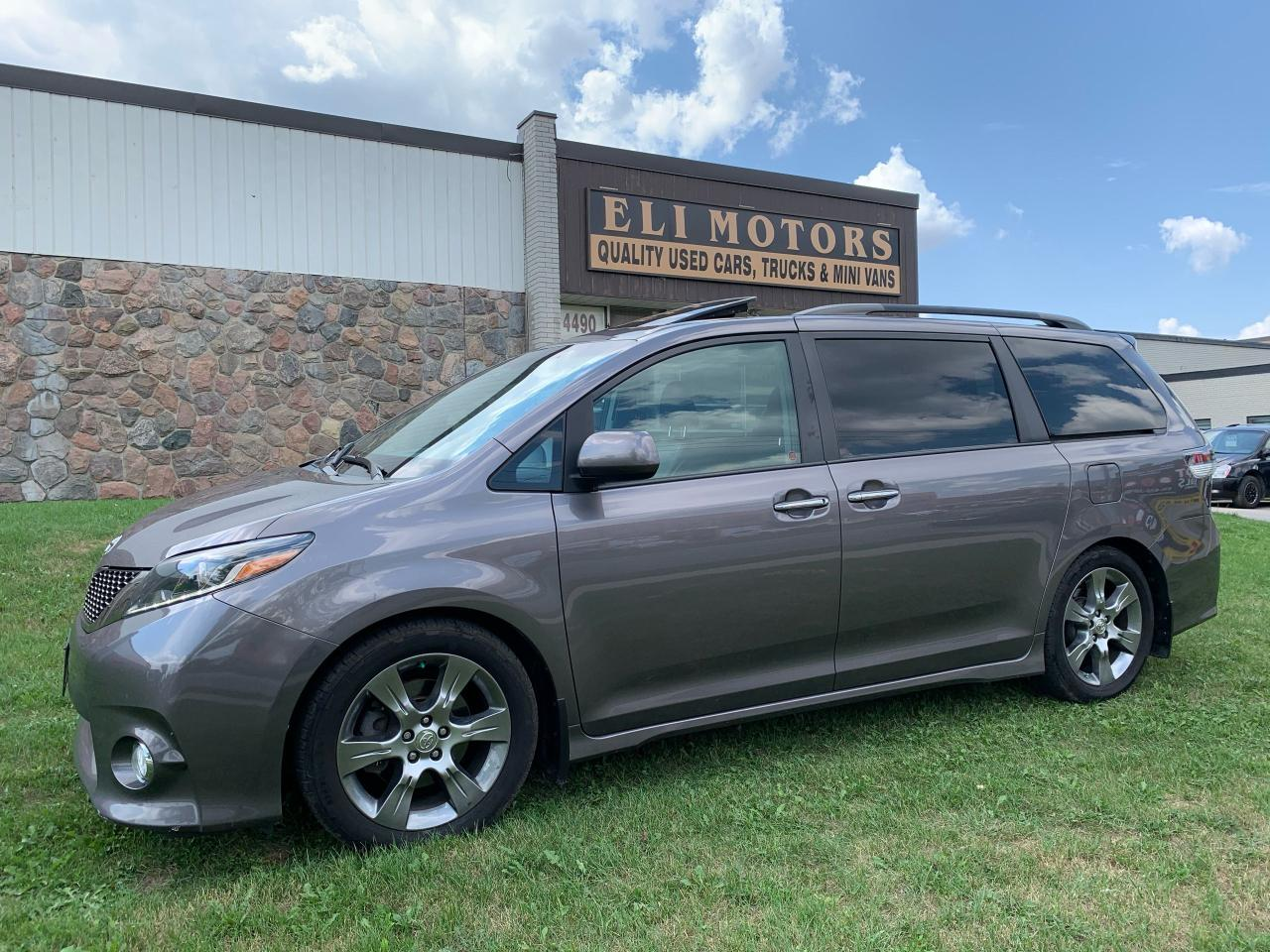 used 2015 toyota sienna se tech pkg navi rear cam bsm tv-dvd sunroof for sale in north york, ontario carpages.ca