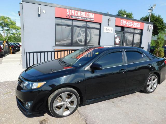 2014 Toyota Camry SE | Leather | Sunroof | Heated Seats