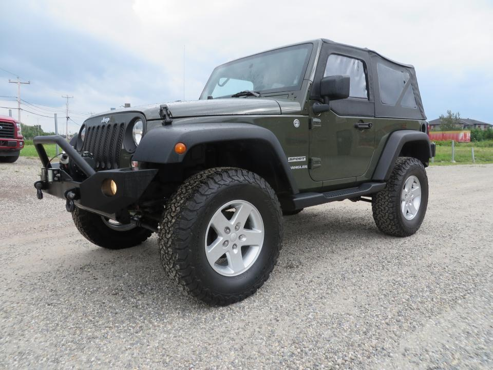 used 2015 jeep wrangler 4 rm 2 portes sport for sale in lévis, quebec carpages.ca