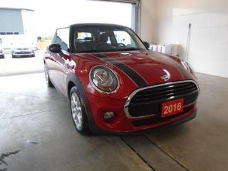 Used 2016 MINI Cooper 3DR Hardtop Base for sale in Owen Sound, ON