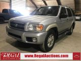 Photo of Silver 2002 Nissan Pathfinder