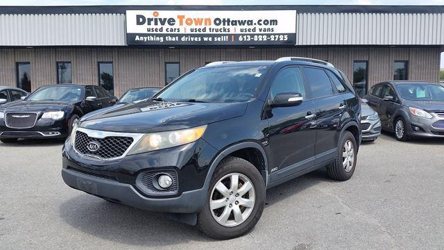 2011 Kia Sorento LX AWD LOW KMS AUTO GOOD SHAPE