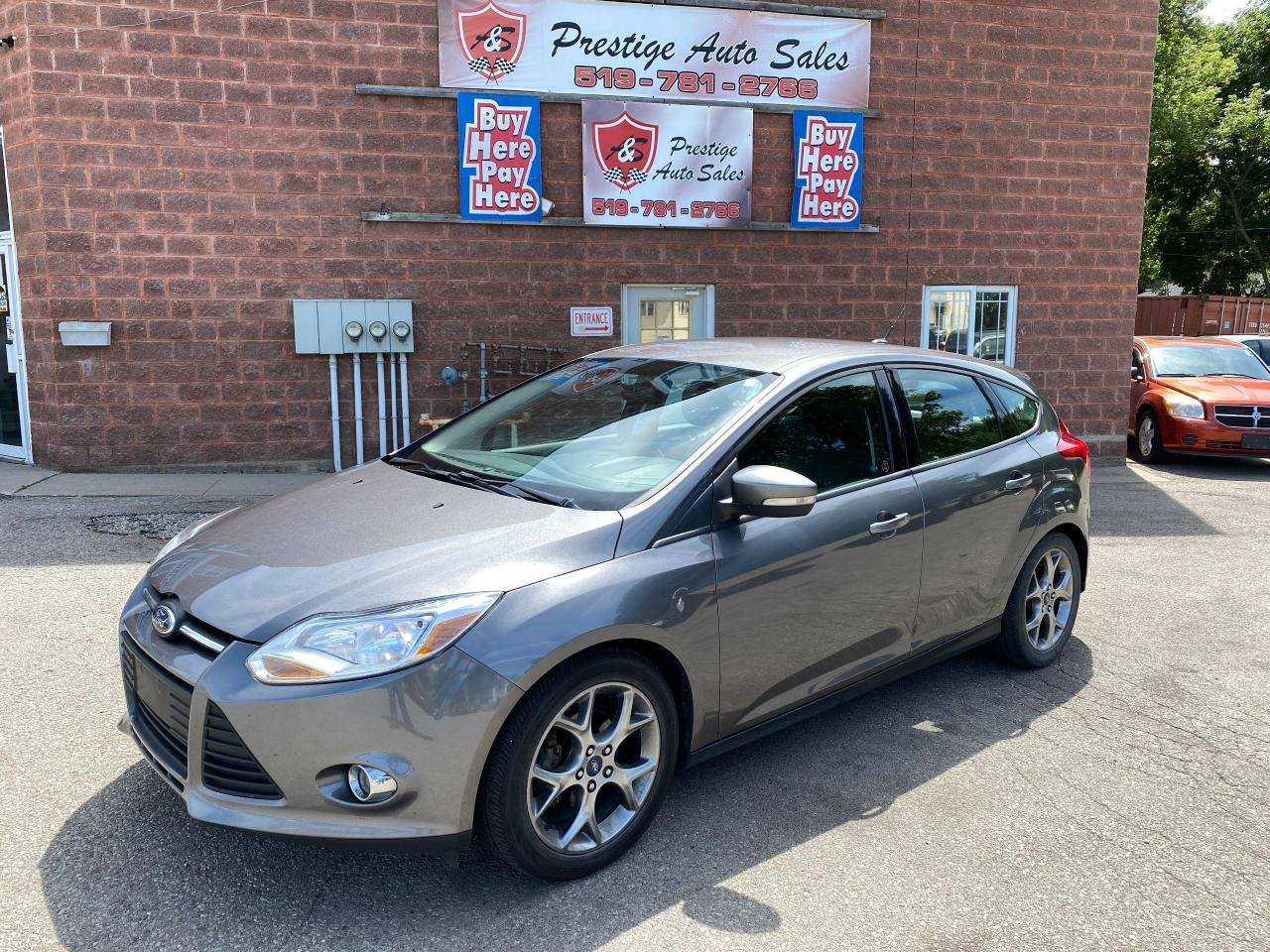 used 2013 ford focus se 2l one owner no accident safety warranty includ for sale in cambridge, ontario carpages.ca