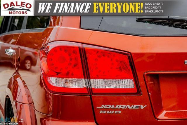 2014 Dodge Journey RT / LEATHER / DVD / MOONROOF / BACKUP CAM Photo10
