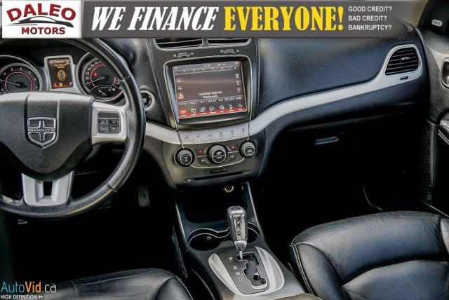 2014 Dodge Journey RT / LEATHER / DVD / MOONROOF / BACKUP CAM Photo16