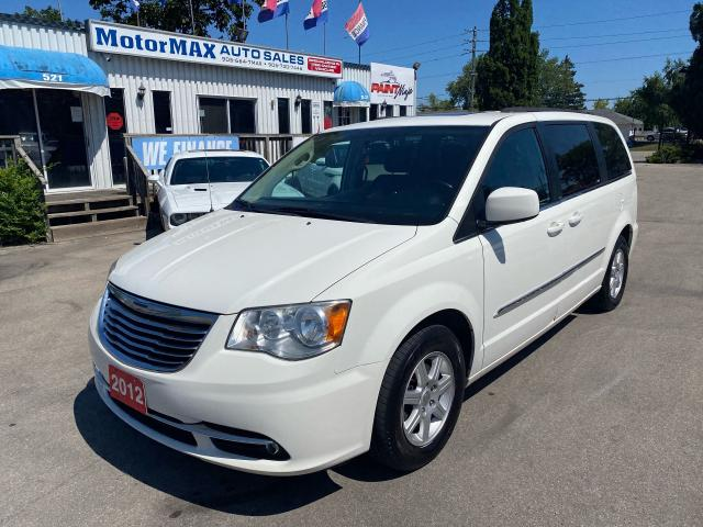 2012 Chrysler Town & Country TOURING-NAVI-DVD-ACCIDENT FREE