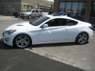 Used 2014 Hyundai Genesis Coupe 2dr V6 -6 Speed GT Leather Navigation for sale in North York, ON
