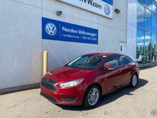 Used 2015 Ford Focus SE AUTOMATIC - HEATED SEATS / FORD SYNC for sale in Edmonton, AB