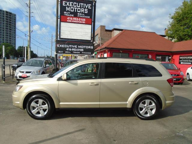 2010 Dodge Journey SXT/ DRIVES LIKE NEW / LOADED / CLEAN / A/C