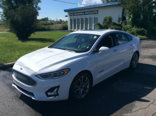 Used 2019 Ford Fusion Hybrid Titanium - Leather - Sunroof - Navigation! for sale in Ottawa, ON