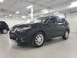 Used 2017 Nissan Rogue S - CAMERA + SIEGES CHAUFFANTS + JAMAIS ACCIDENTE for sale in Saint-Eustache, QC