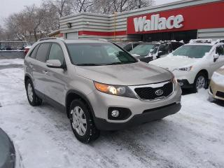 Used 2013 Kia Sorento LX 4WD for sale in Ottawa, ON