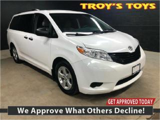 Used 2015 Toyota Sienna LE for sale in Guelph, ON