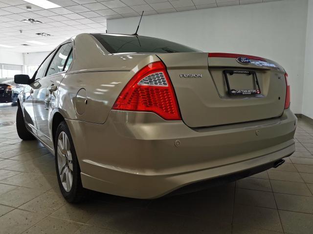 2010 Ford Fusion SE Photo2