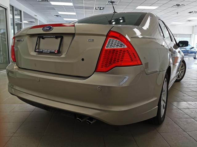 2010 Ford Fusion SE Photo3