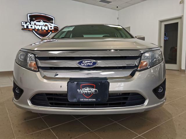 2010 Ford Fusion SE Photo5
