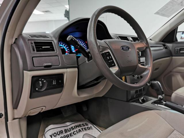 2010 Ford Fusion SE Photo7