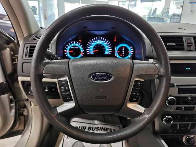 2010 Ford Fusion SE Photo11