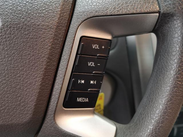2010 Ford Fusion SE Photo12