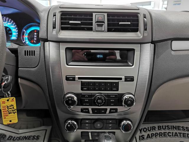 2010 Ford Fusion SE Photo15