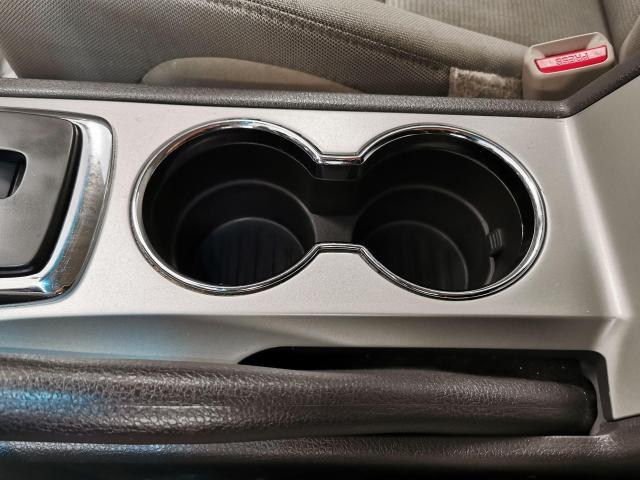 2010 Ford Fusion SE Photo20